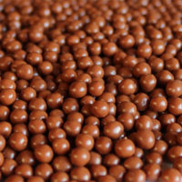 Biscuit Pearls in Milk Chocolate