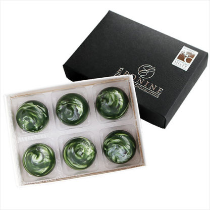 Gin and Tonic Truffle Box white background